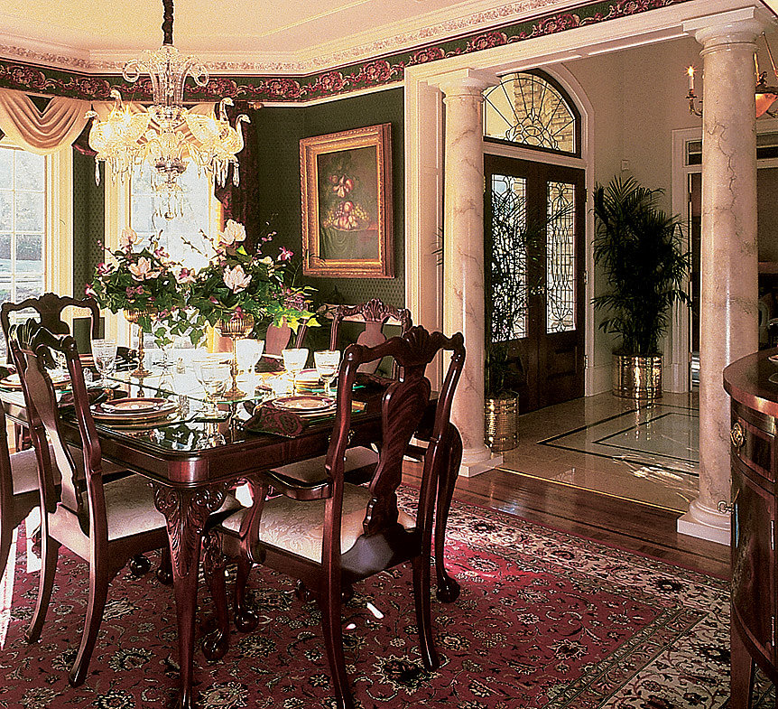 Faux Marble Tuscan Wood Columns in Dining Room