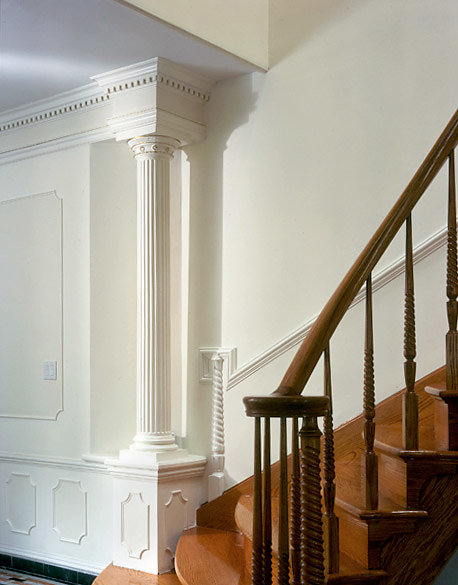 Fluted Non-Tapered Column Accentuates a Staircase