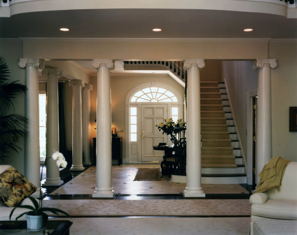 Smooth Scamozzi Columns in Living Room and Foyer