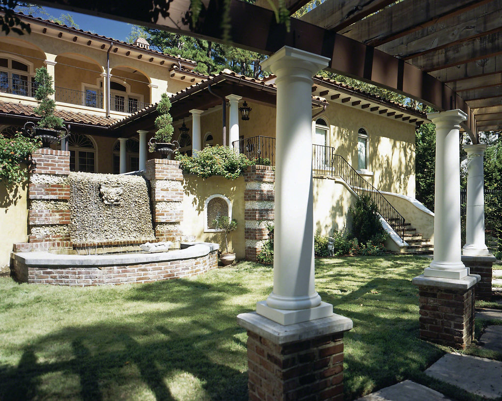 Tuscan-Chadsworth-PolyStone-Columns-Kaki-Hockersmithpwm.jpg