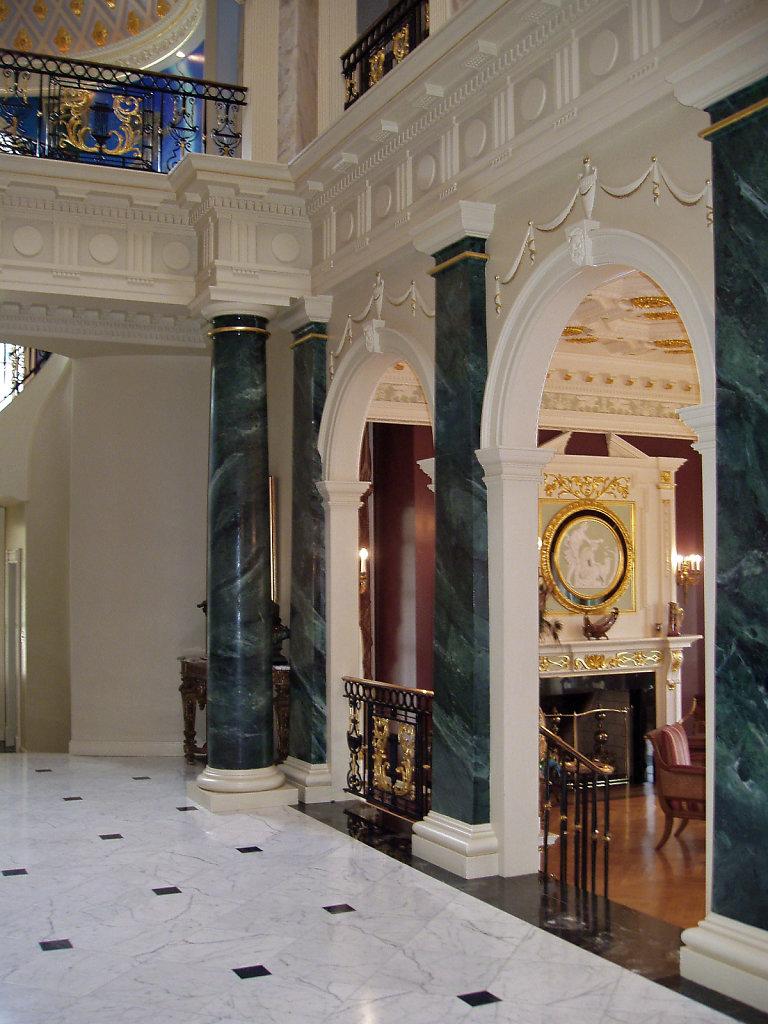 Frederick-Hart-Chadsworth-Tuscan-Wood-Pilasters-Interior-pwm.jpg